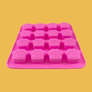 Moule en silicone rose pour 16 mini-biscuits ou autres créations